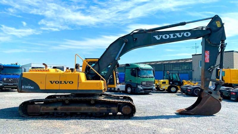фото экскаватор Volvo 240